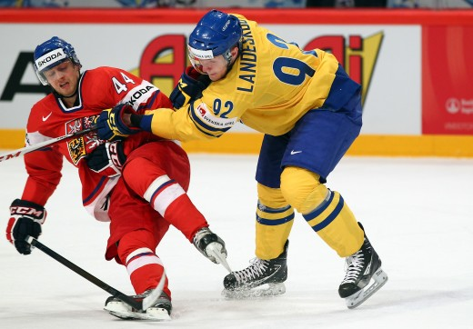 stockholm, sweden - may 17: gabriel landeskog (r) of sweden checks miroslav blatak (l) of czech republic during the iihf world championship quarter final match between sweden and czech republic at ericsson globe on may 17, 2012 in stockholm, sweden.  (photo by martin rose/bongarts/getty images) by: all over press / getty images code: ge01x8 by: all over press / getty images code: ge01x8 ishockey vm hockey-vm sverige svenska landslaget tre kronor mot tjeckien kvartsfinal fšrlust depp /ah